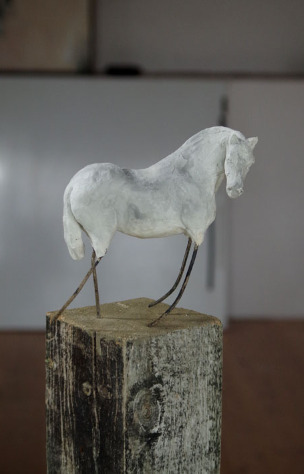 Skulptur, Pferdeplastik Paperclay